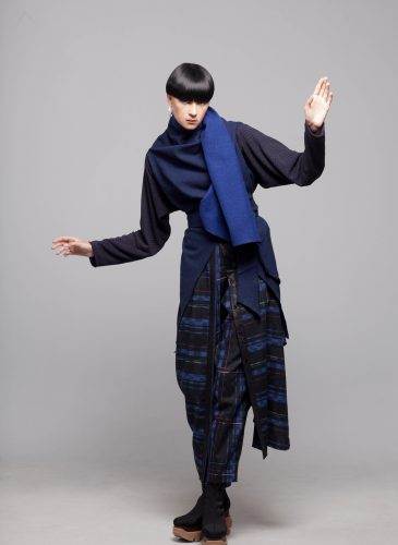 Amale bluek jacket